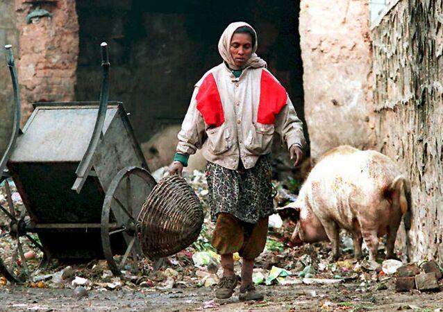 Uma mulher da casta de intocáveis indiana em Nova Deli (foto de arquivo)