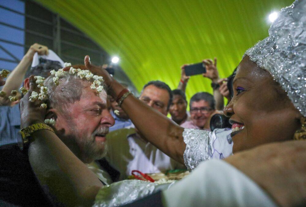 Lula participa do lançamento da terceira fase do Memorial da Democracia, em Salvador