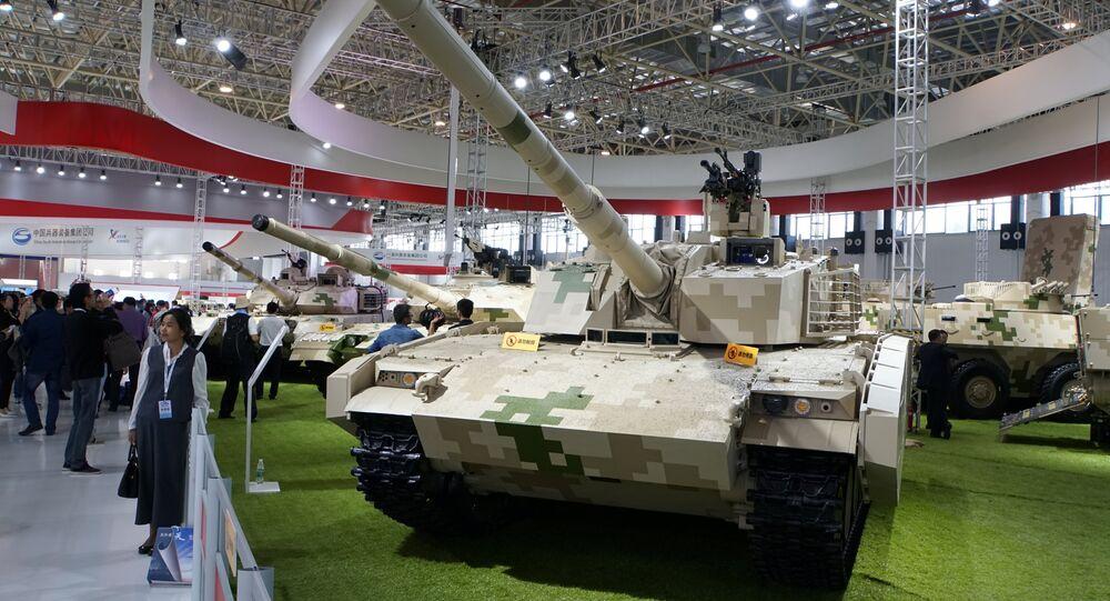 Novo tanque ligeiro chinês VT5