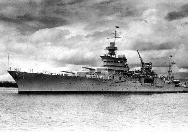 USS Indianapolis em Pearl Harbor em 1937