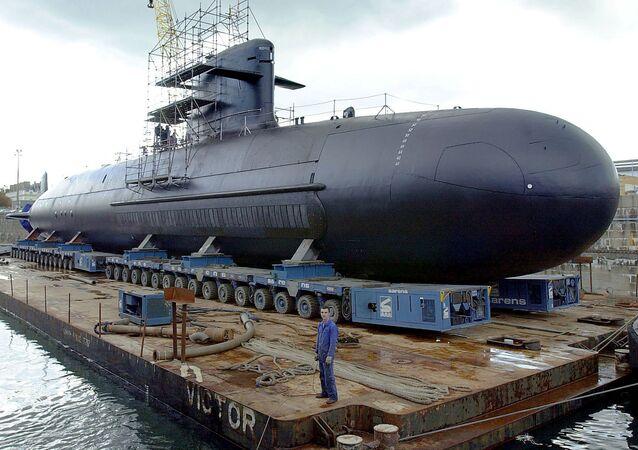 Um submarino francês