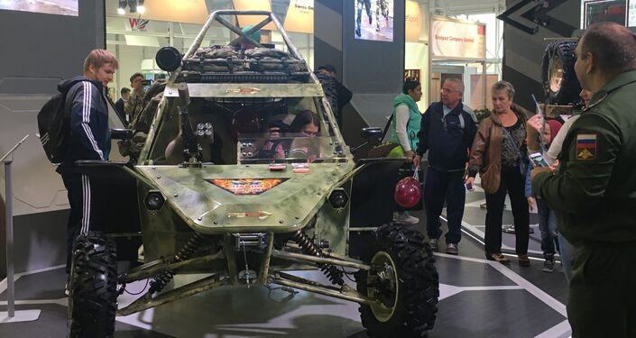 Buggy, todo-o-terreno checheno Chaborz M-3, na exposição EXÉRCITO 2017