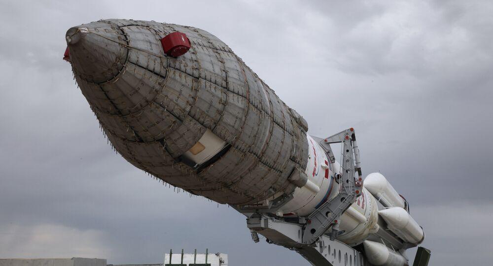 Foguete-portador russo Proton-M