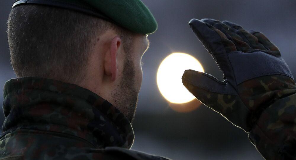 Cerca de 550 soldados alemães são classificados como 'desleais à ...