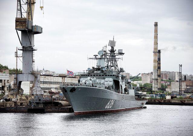 Destróier antissubmarino da Marinha russa Vitse-Admiral Kulakov
