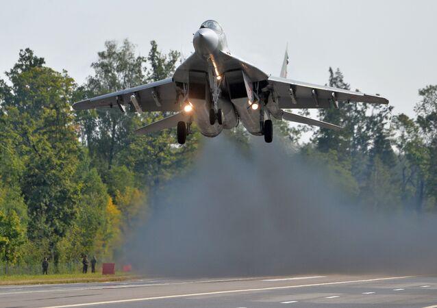 Caça bielorrusso MiG-29 durante os preparativos para as manobras Zapad 2017 russo-bielorrussas