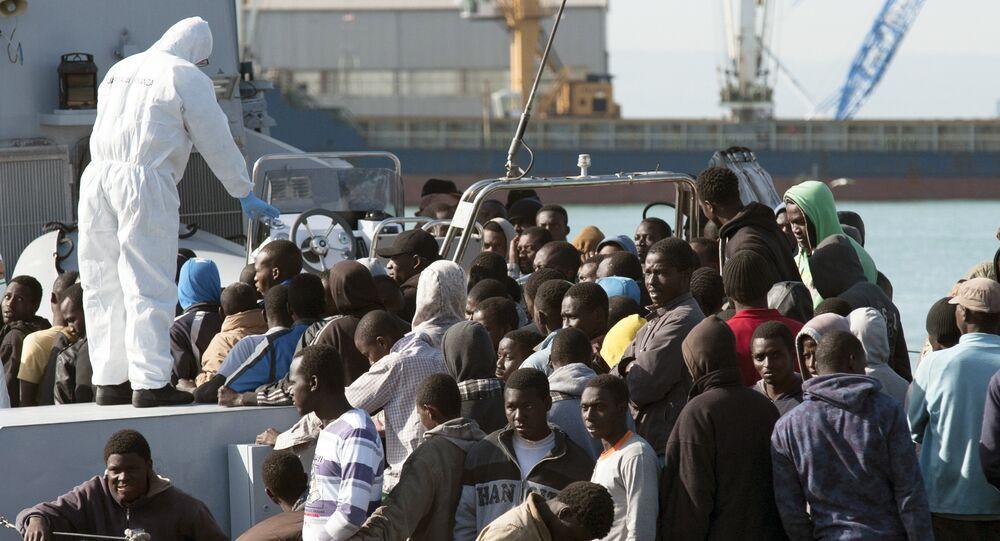 Sobreviventes de um naufrágio no Mediterrâneo.