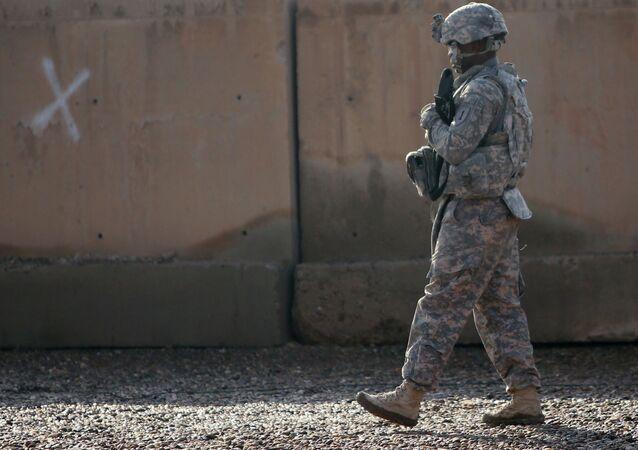 Soldado norte-americano na base militar de Taji, no Iraque (arquivo)