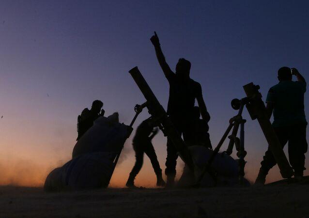 Militantes do Exército Livre da Síria em Dabiq, foto de arquivo