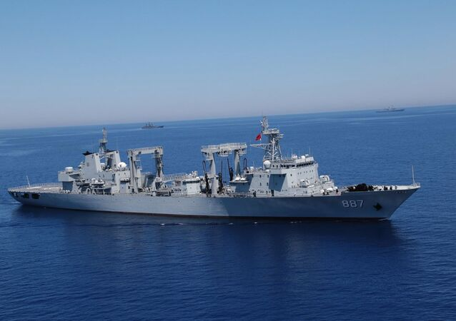 Navio russo Aleksandr Otrakovsky (foto de arquivo)