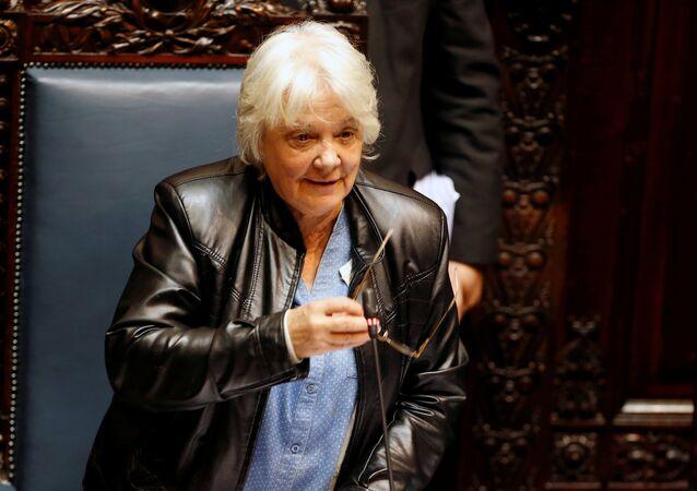 Maioria unânime do Parlamento conduziu Lucía Topolansky para a vice-presidência do Uruguai