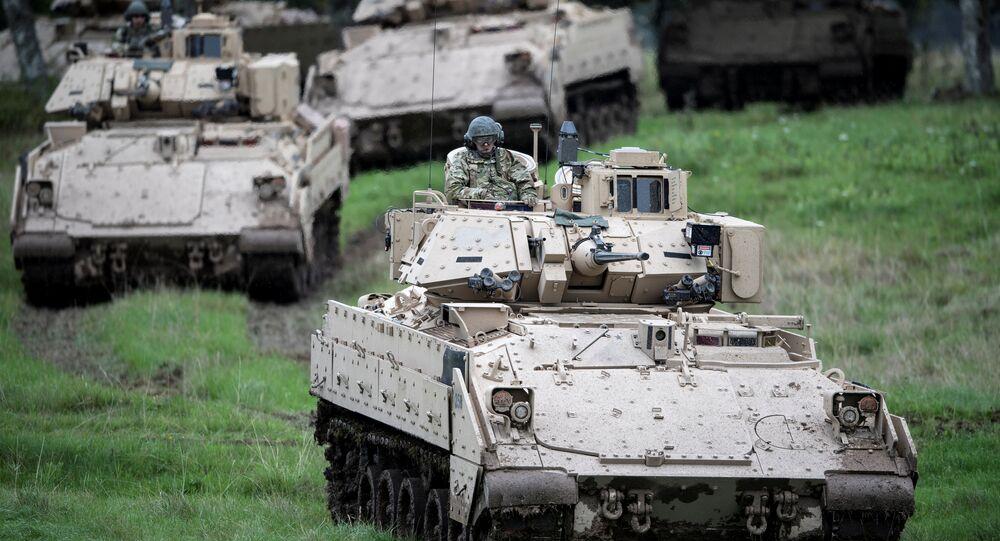 Forças militares dos EUA se preparam para mais um exercício durante atividades militares na Suécia (foto de arquivo)