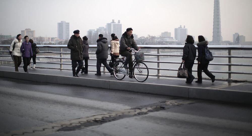 Moradores de Pyongyang (foto de arquivo)