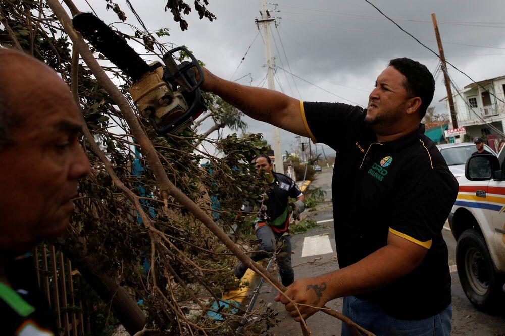 Autoridades de Porto Rico afirmam que partes do país estão sem energia elétrica e que normalização pode demorar meses.