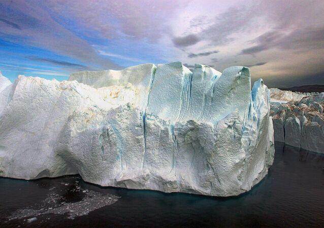 Gelo polar (foto de arquivo)