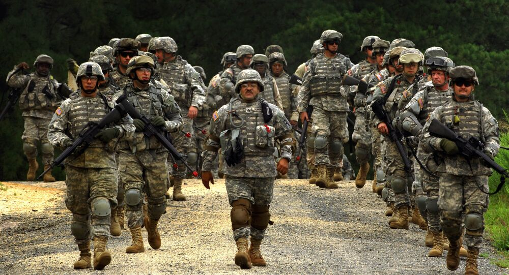 Soldados armados do exército norte-americano