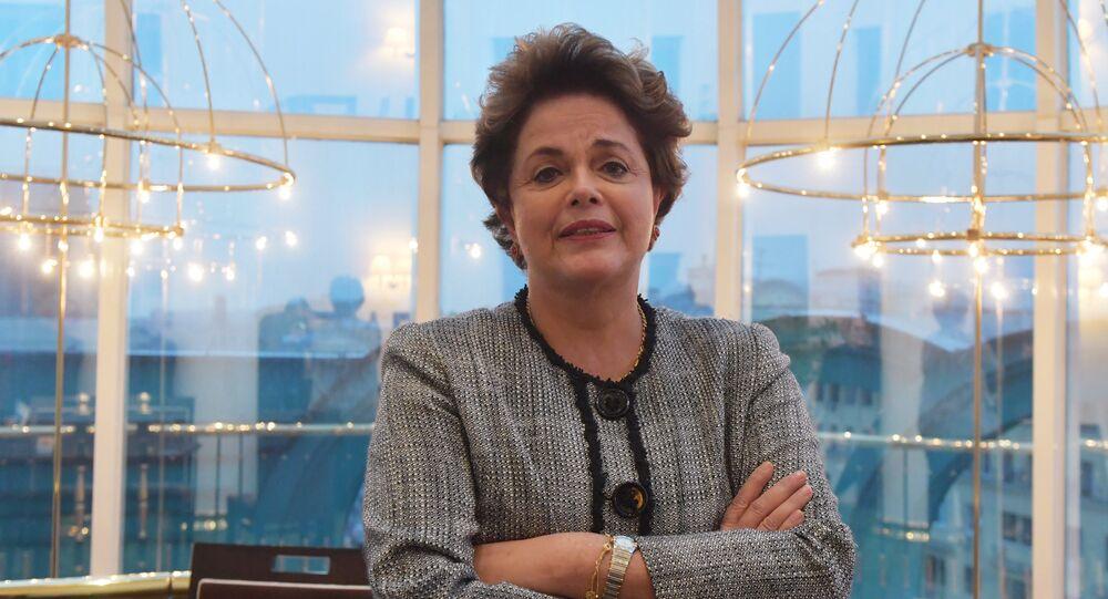 Ex-presidente brasileira Dilma Rousseff, durante entrevista à Sputnik Brasil em Moscou, em 6 de outubro de 2017