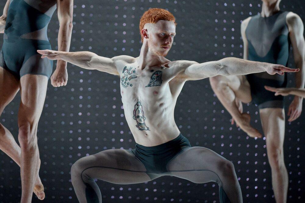 Bailarinos ensaiam em Sydney