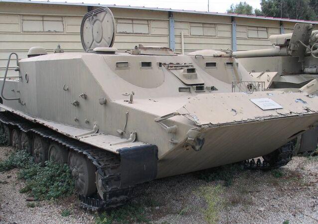 Veículo de transporte blindado BTR-50 (imagem referencial)