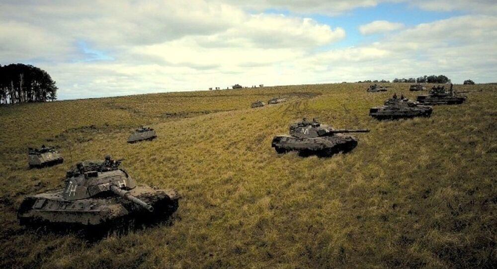 Blindados em manobras do Exército Brasileiro no Rio Grande do Sul