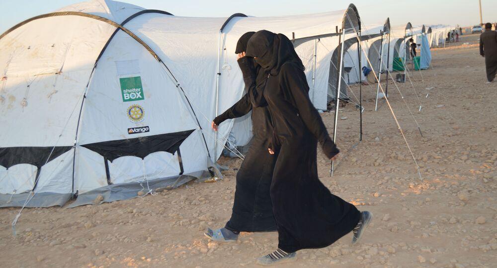Campo de refugiados na cidade síria de Ayn Issa