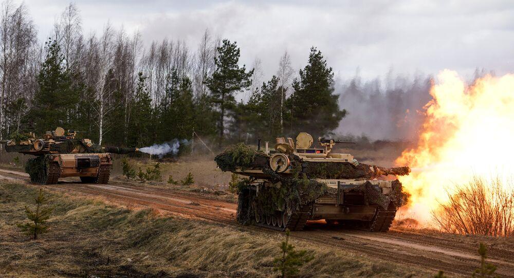 Tanques M1 Abrams norte-americanos (foto de arquivo)