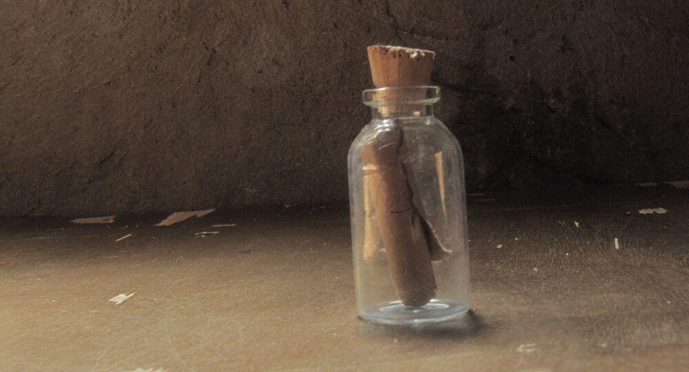Mensagem em uma garrafa (imagem ilustrativa)