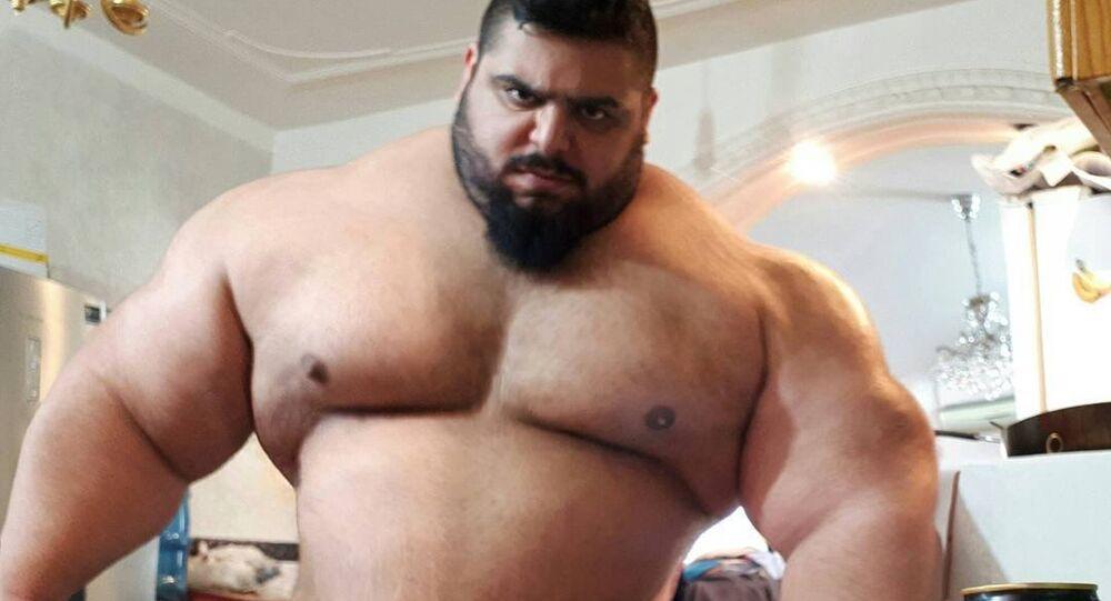 Sajad Gharibi, Hulk iraniano