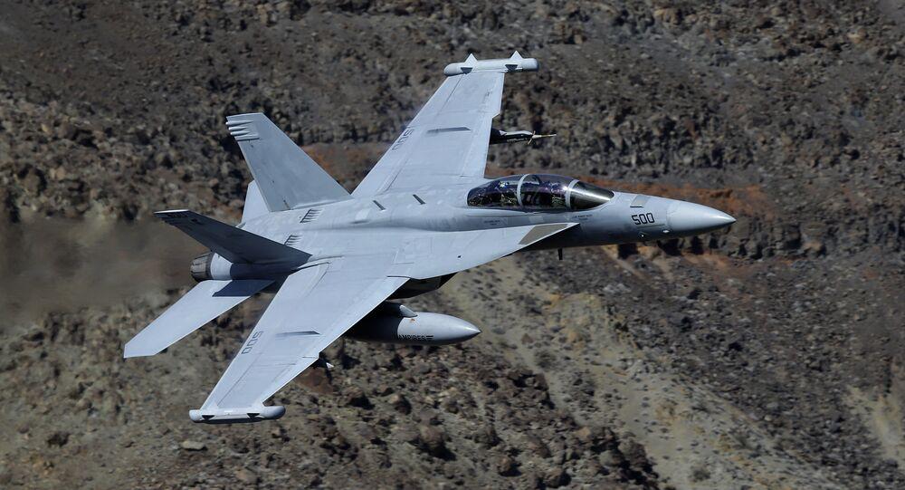 Avião EA-18G Growler