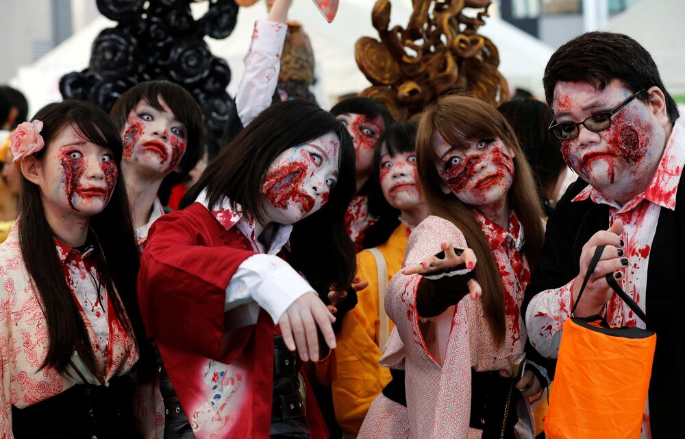 Nas próximas três fotos: o Halloween no Japão.