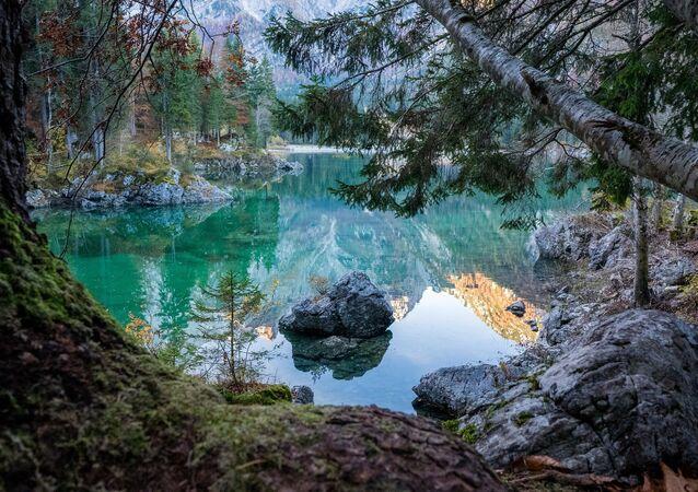 Lago (imagem ilustrativa)