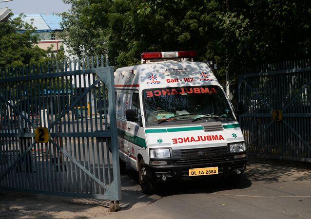 Ambulância indiana