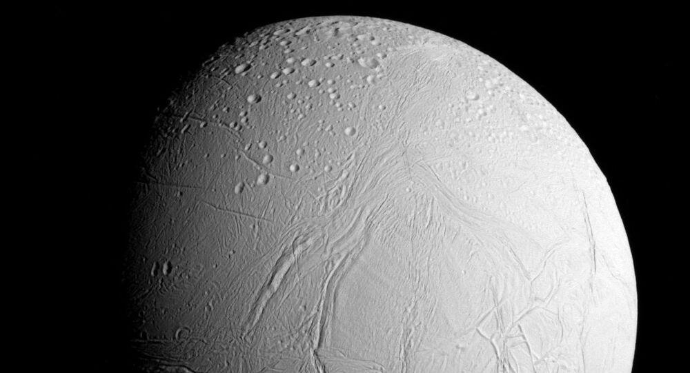 Lua Encélado