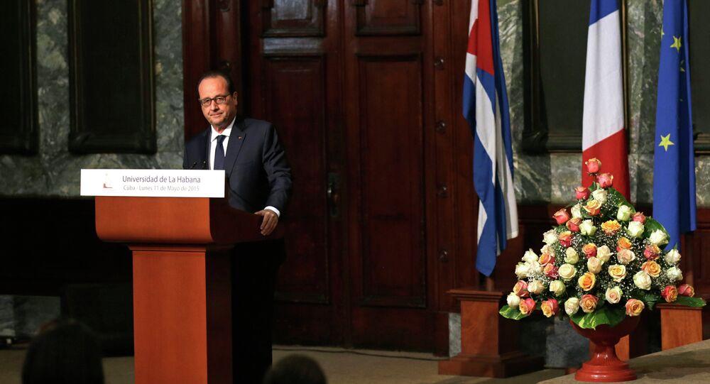 François Hollande durante discurso na Universidade de Havana, em Cuba