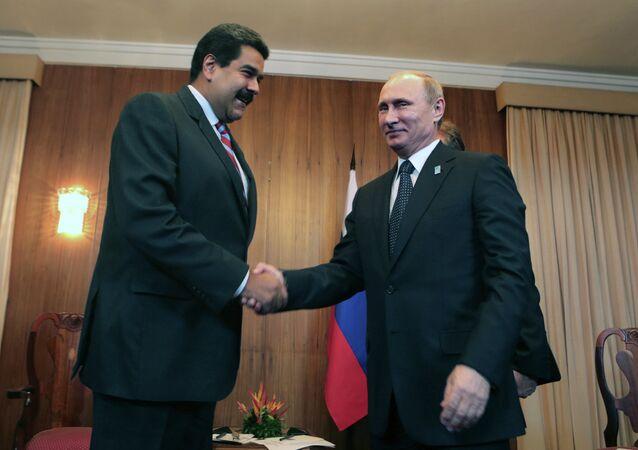 Presidentes da Venezuela, Nicolas Maduro, e da Rússia, Vladimir Putin