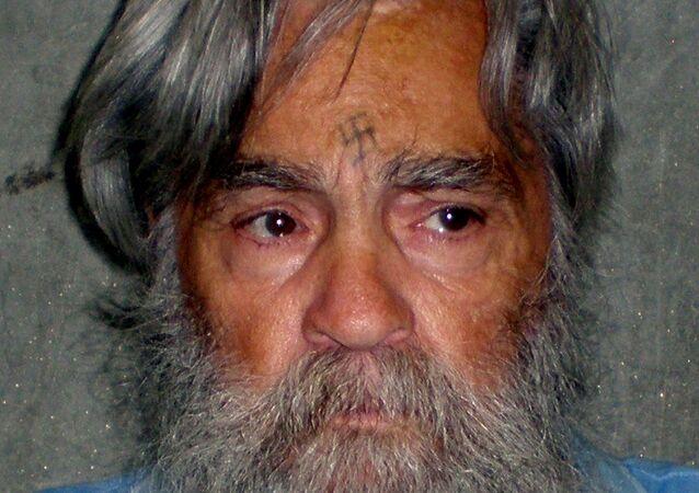 Assassino em série, Charles Manson, em uma foto divulgada pelo Departamento de Correções e Reabilitação da Califórnia, 16 de julho de 2011