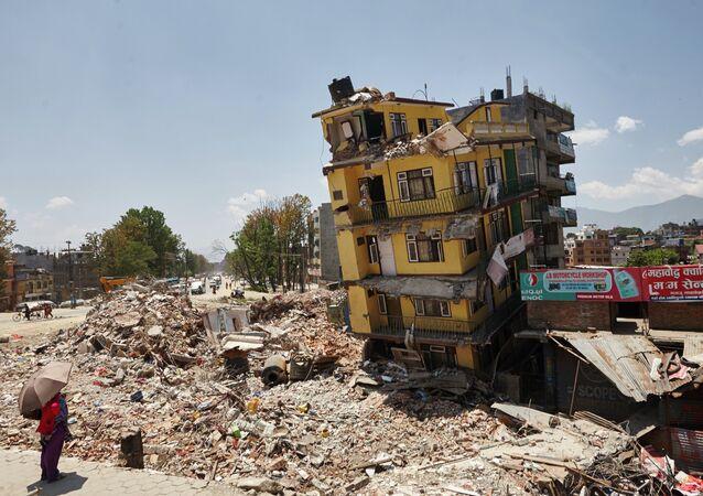 Escombros em Katmandu, no Nepal, após o terremoto que devastou o país em 25 de abril