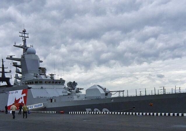 Nova corveta russa Uragan